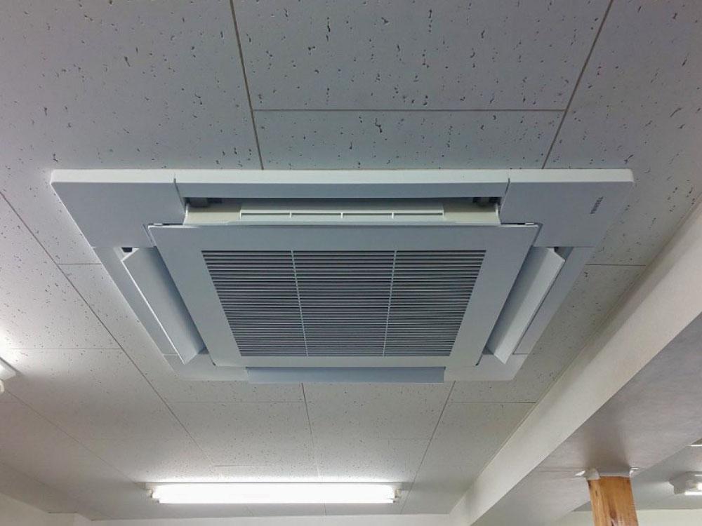 東芝製業務用天井埋め込みエアコン入替え工事|杉並区