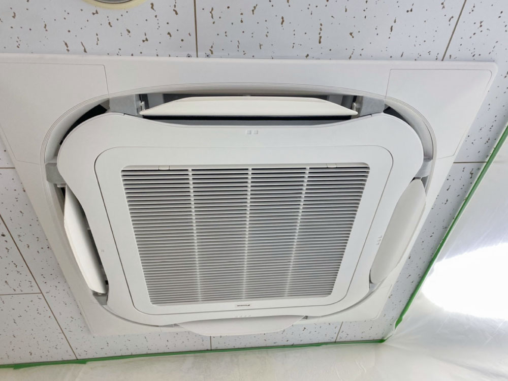 ダイキン製業務用天井埋め込みエアコン入替え工事|千代田区