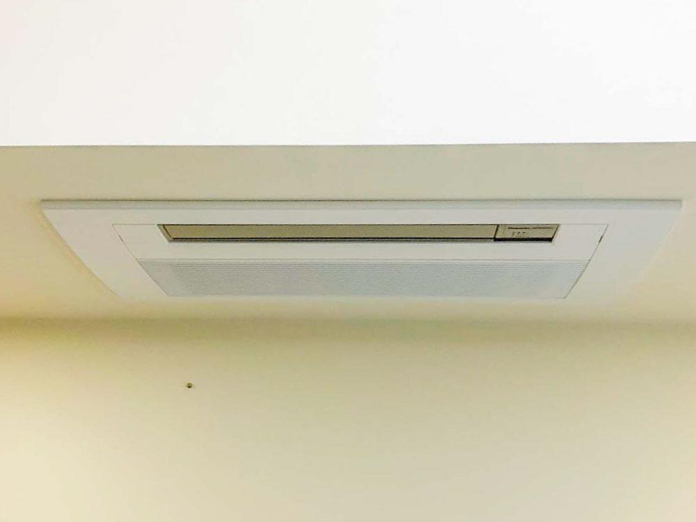 パナソニック製家庭用天井埋め込みエアコン入替え工事|世田谷区